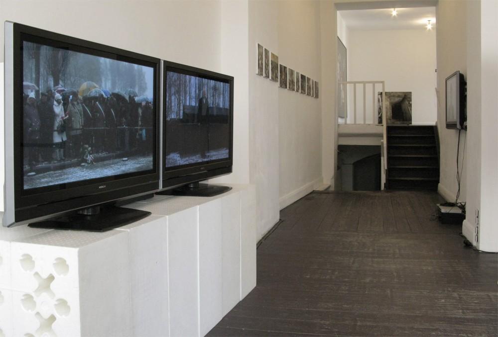 Exhibition view, Galerie EIGEN+ART Berlin, Germany, 2009